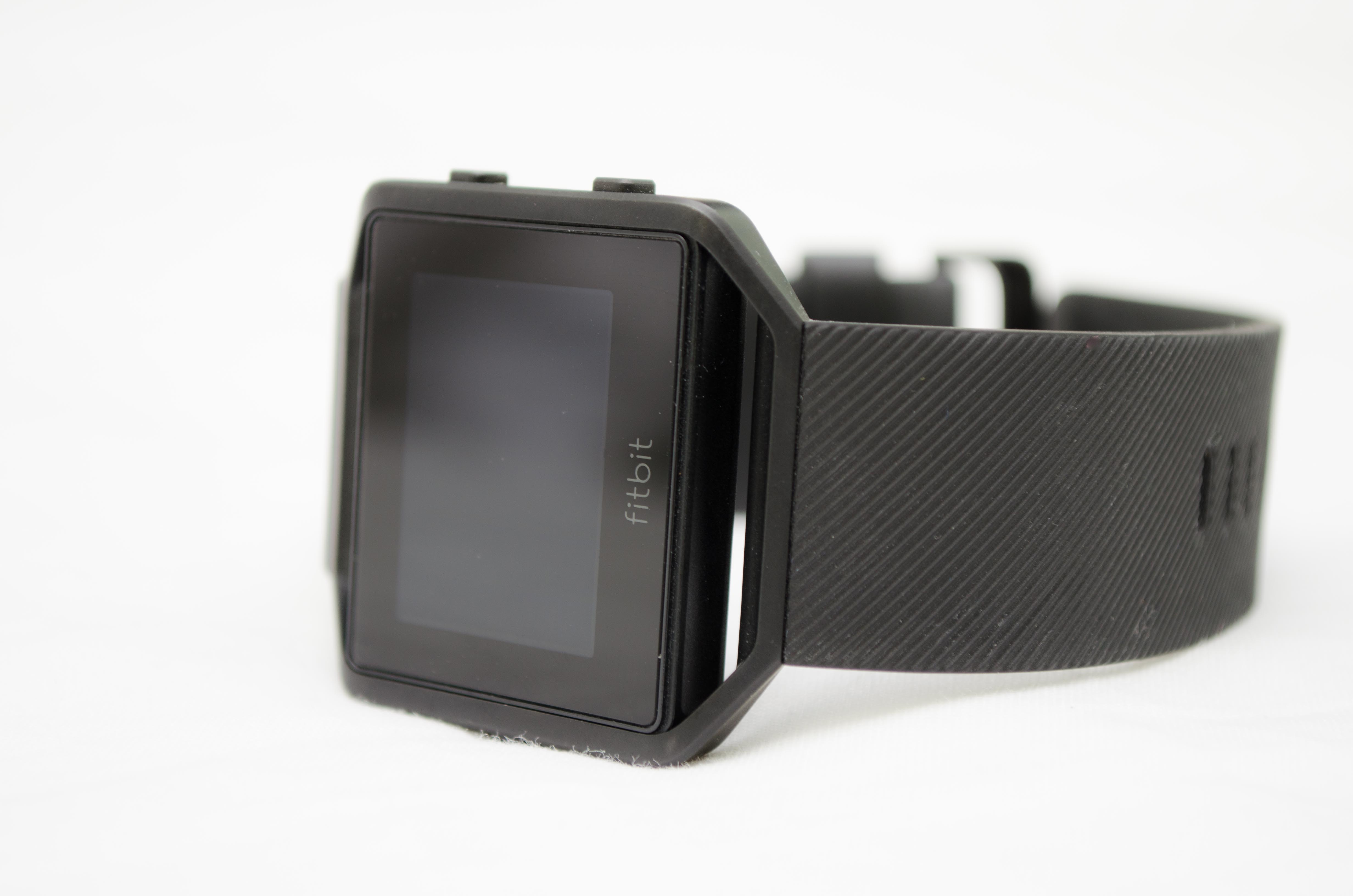 Fitbit Blaze - Blog of Dad's Ultimate Christmas Gift Guide for Australian Dads, 2017